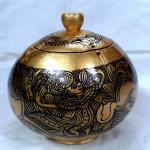 Shan Kainari Dancing Design Coconut Shell Pot