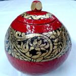 Red Color Arabesque Design Coconut Shell Pot