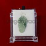 Beautiful Leaf  jade pendant A Grade