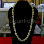 Beautiful Green and White Color of Jade Bead Neckl