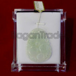 Surprising beauty jade pendant