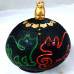 The Four Cats Design Coconut Shell Crafts