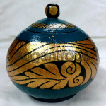 The Beautiful Arabesque Design Coconut shell Craft in Myanmar