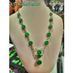 A grade Jadeite Necklace with Diamond from Myanmar