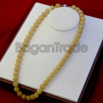 A Grade Jade Bead Necklace with  Yellow